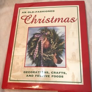 NWOT An Old Fashioned Christmas